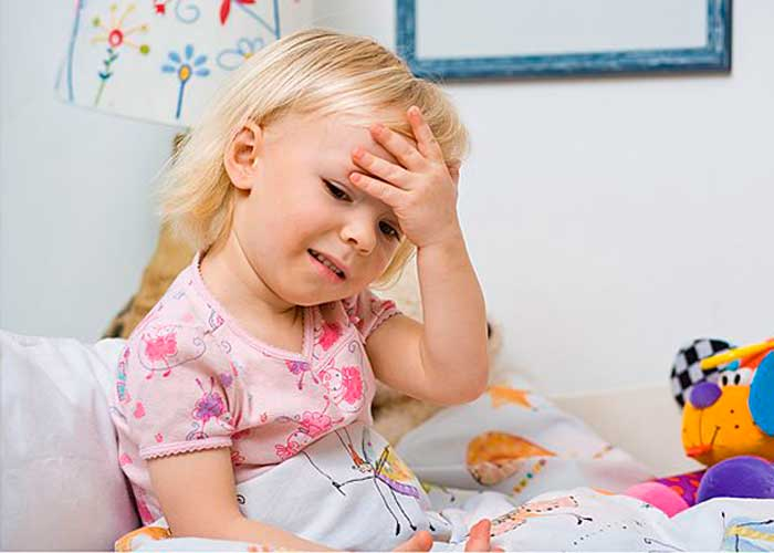 у ребенка болит затылок головы