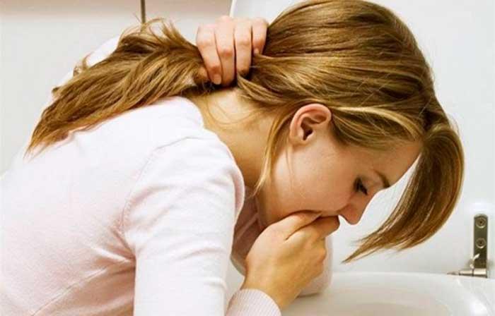 после ушиба головы болит голова