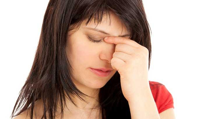 головная боль отдает в нос