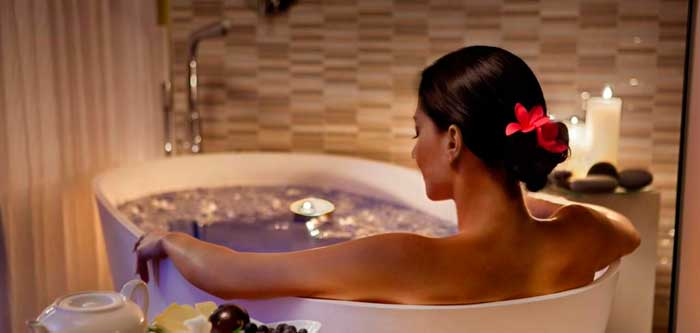 ванна с лавандой