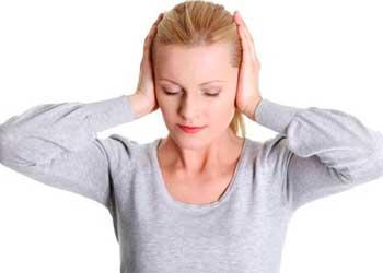 Заложило ухо и шумит, звенит, что делать и как избавиться от боли