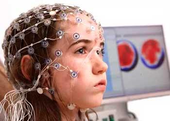 Что такое энцефалограмма головного мозга, и для чего она делается