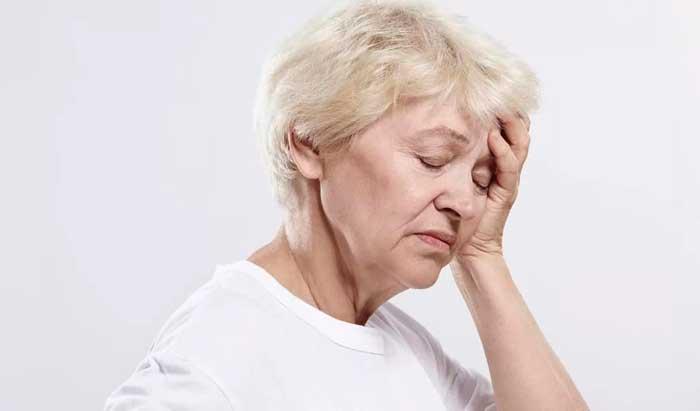 Как избавиться от головокружения и тошноты при похмелье