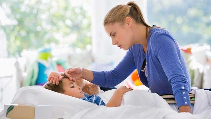 Первая помощь ребенку при температуре